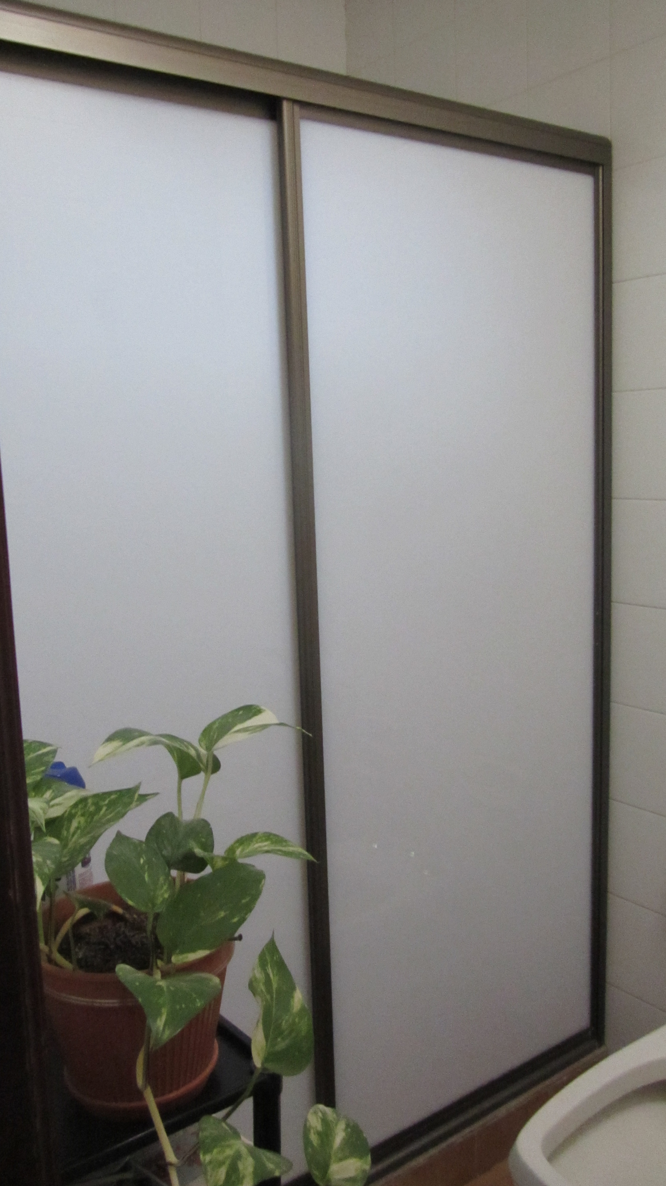 Mamparas Para Baño De Aluminio:Las mamparas para baño son la solución ideal para lograr seguridad