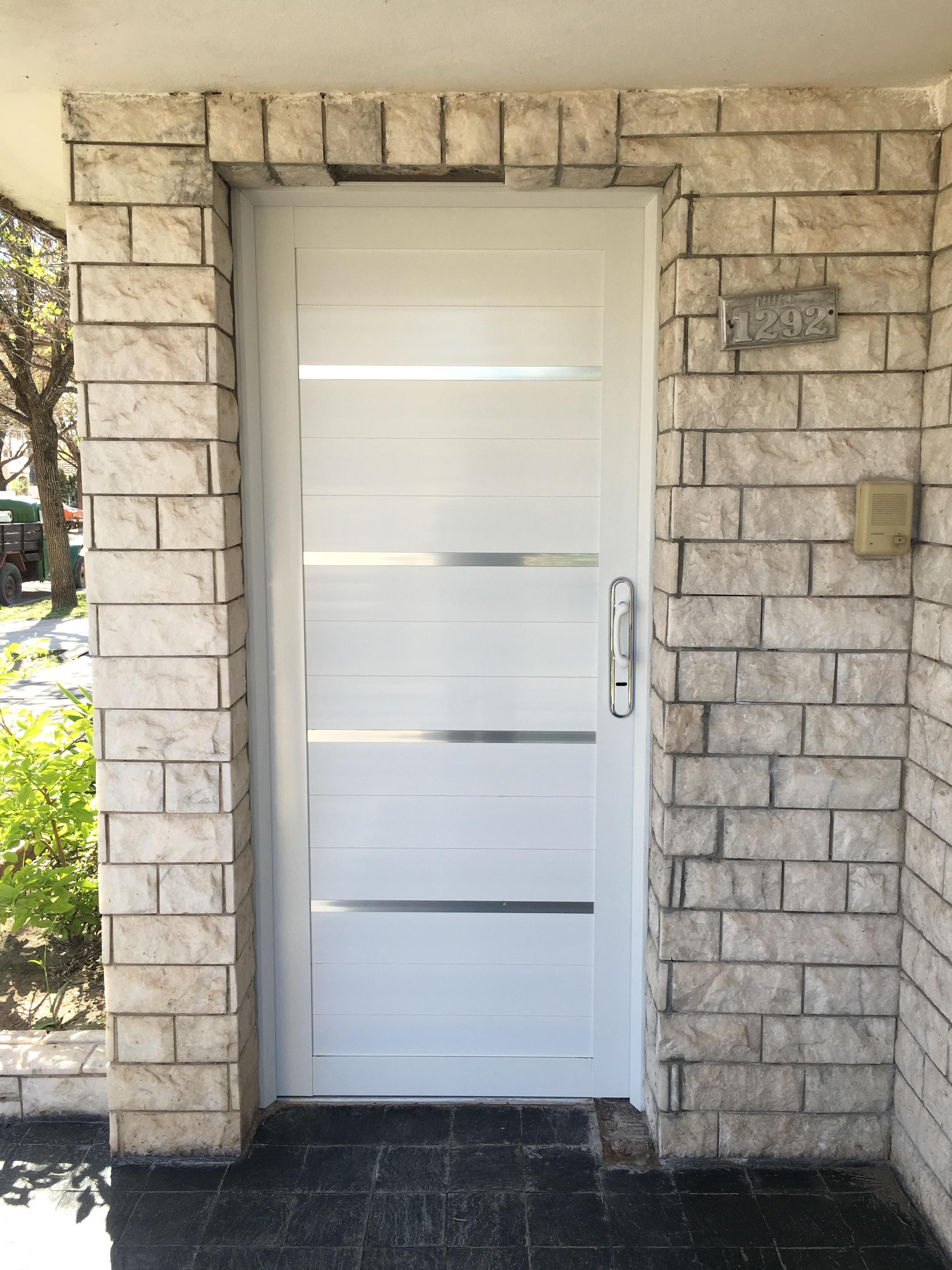 puerta Formia Hnos