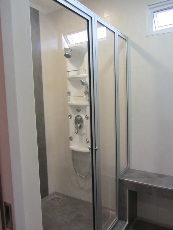 Mampara para ba o fabrica de aberturas de aluminio for Aberturas de aluminio blanco precios rosario