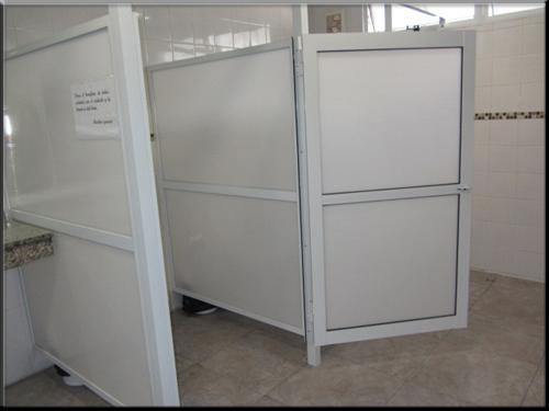 Cerramiento para ba os fabrica de aberturas de aluminio for Aberturas de aluminio blanco precios rosario